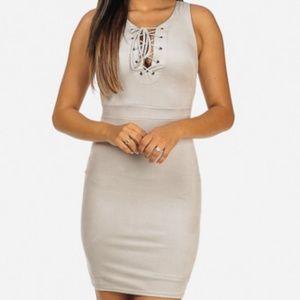 Dresses & Skirts - Elegant Grey Sleeveless Lace up Neckline Velvet